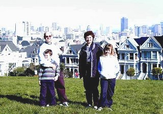 Family on Alamo Hill overlooking San Francisco