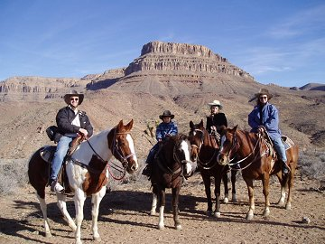 Horse riding at Grand Canyon