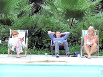 Carol, Helen and Philippa by the pool