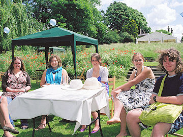 Alice's posse round the table